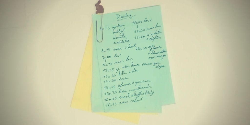 Een tijdsgebonden dagplanning met een leuke paperclip
