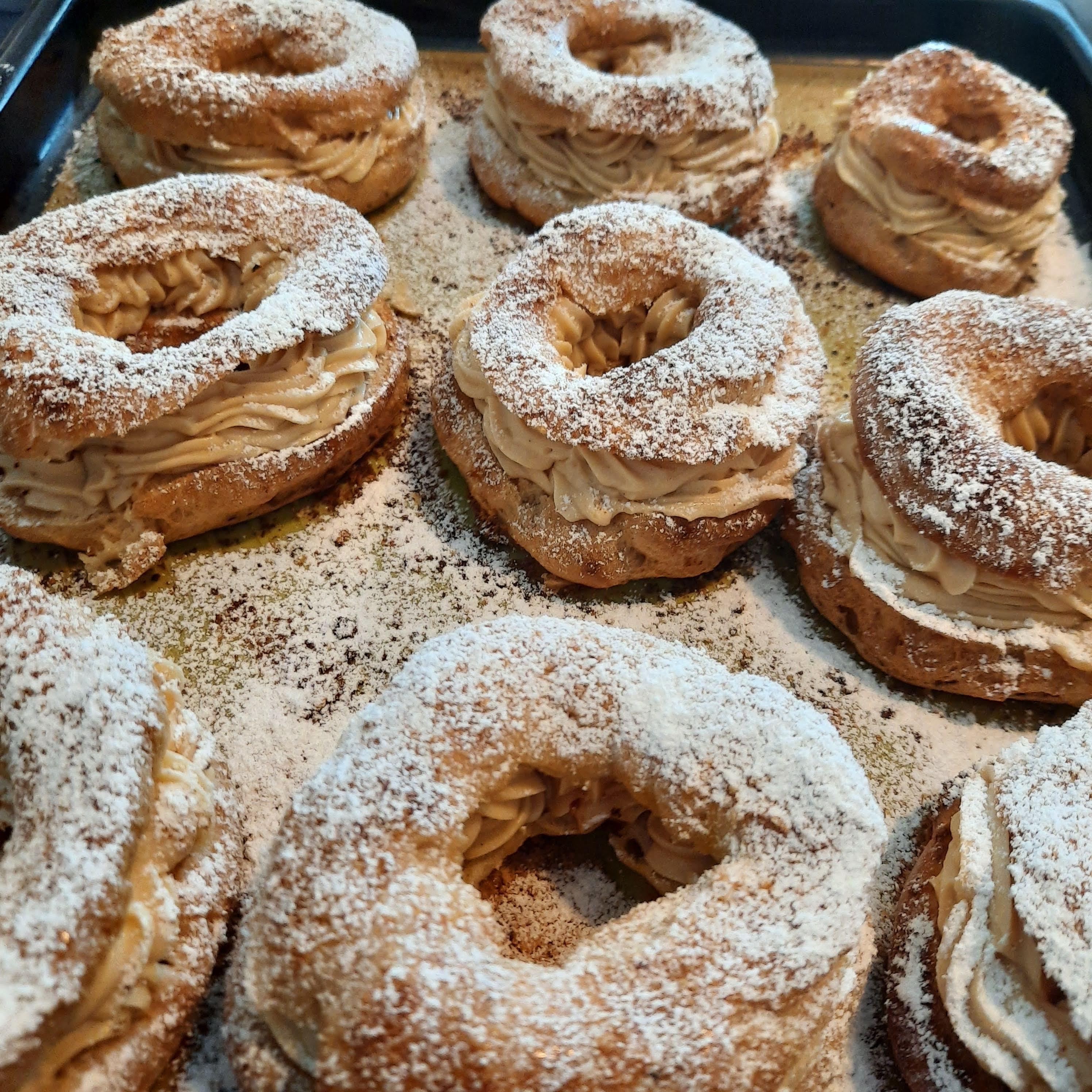 Paris-Brest puff pastry
